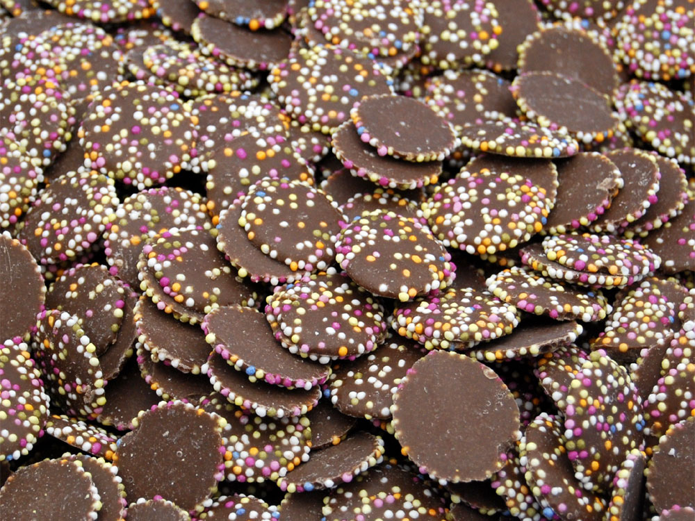 Disco Discs - Milk Chocolate Jazzies Sweets | Keep It Sweet